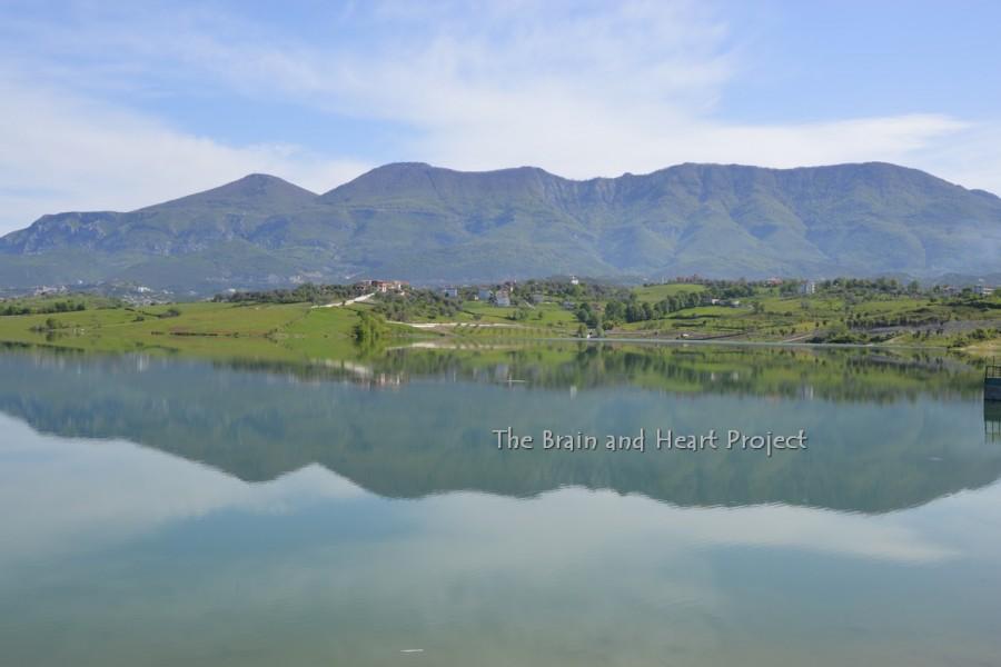 Liqeni i Farkes in Kajak