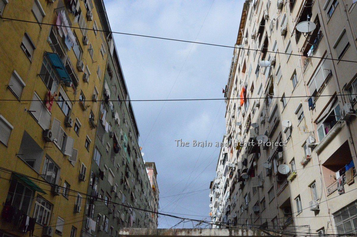 Inverno a Tirana. La città che non dorme mai.