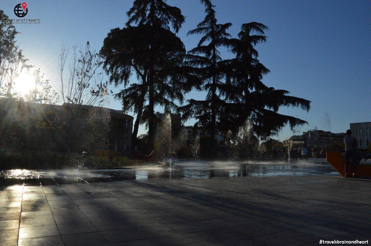 Piazza Skenderbej